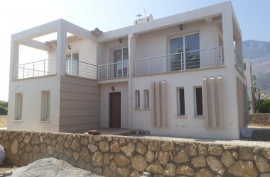 Detached For Sale In Kyrenia With Garden 0